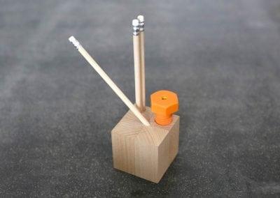 Präsentationswürfel - Stifthalter mit Spitzer